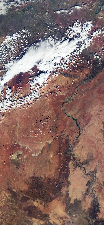 5e5f91a518ee7 - 小米10/Pro 1亿像素拍地球第二波壁纸下载:昼夜交替、冰雪南极