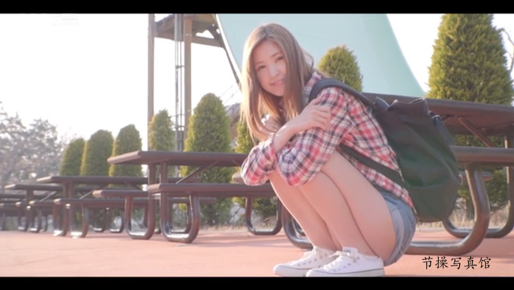 [STARS-100]新人和久井まりあ(和久井玛丽亚)笑起来超甜 车牌号 第10张