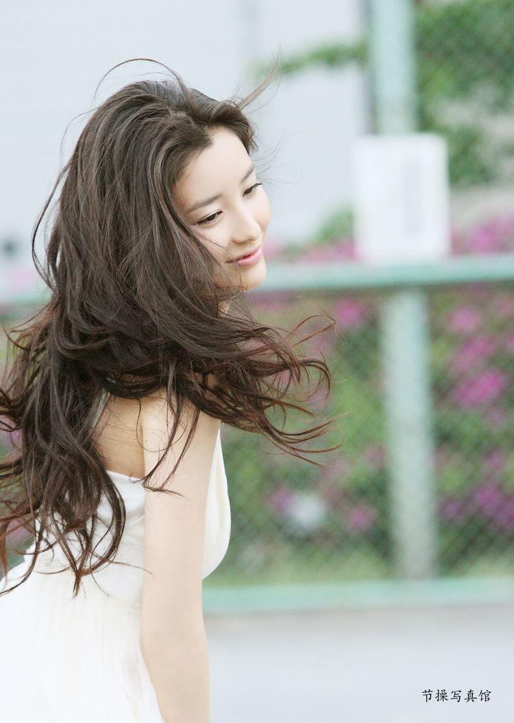 原田夏希个人资料介绍,及其写真作品欣赏 美女精选 第2张