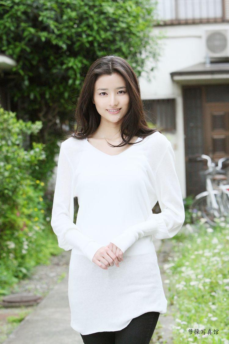 原田夏希个人资料介绍,及其写真作品欣赏 美女精选 第7张