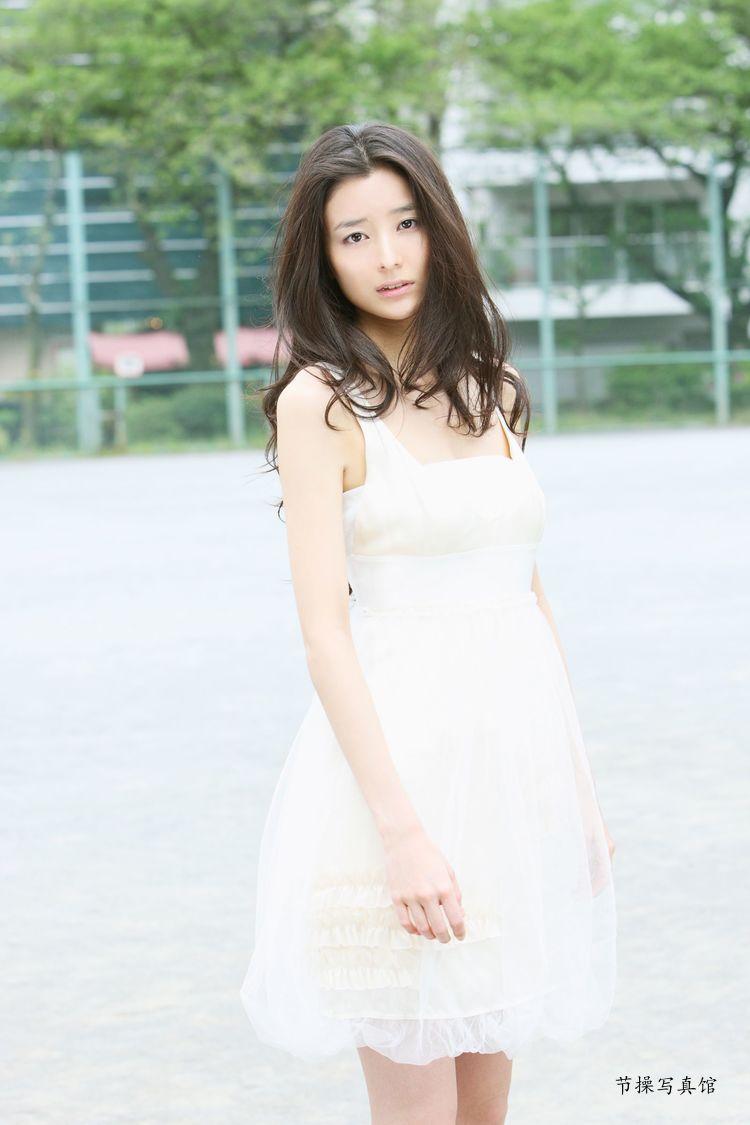 原田夏希个人资料介绍,及其写真作品欣赏 美女精选 第8张