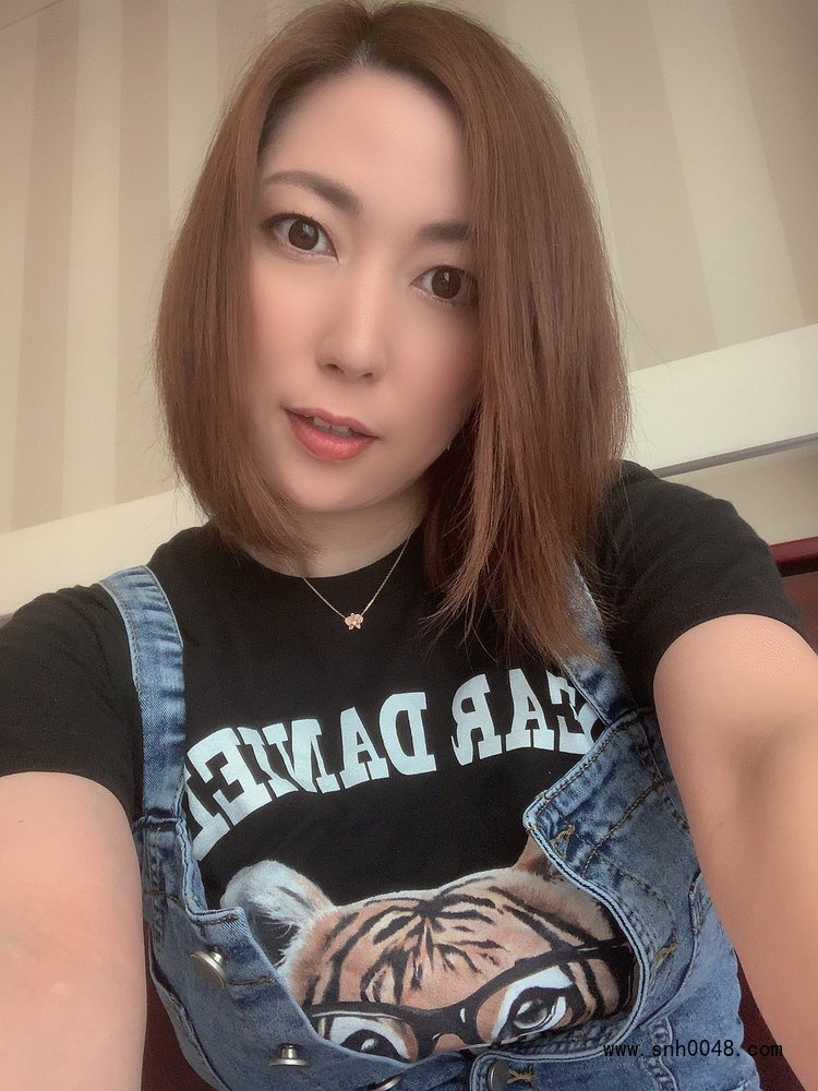 蓝喆_横山美玲(横山みれい)御姐风格写真作品 - 女性百科 - 蓝灵育儿网