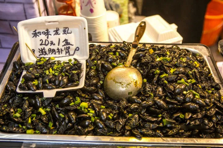 在广东吃过一次水蟑螂,治好了密集恐惧症
