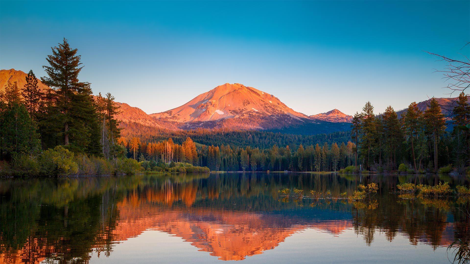 森火山国家公园中的拉森峰拉森峰
