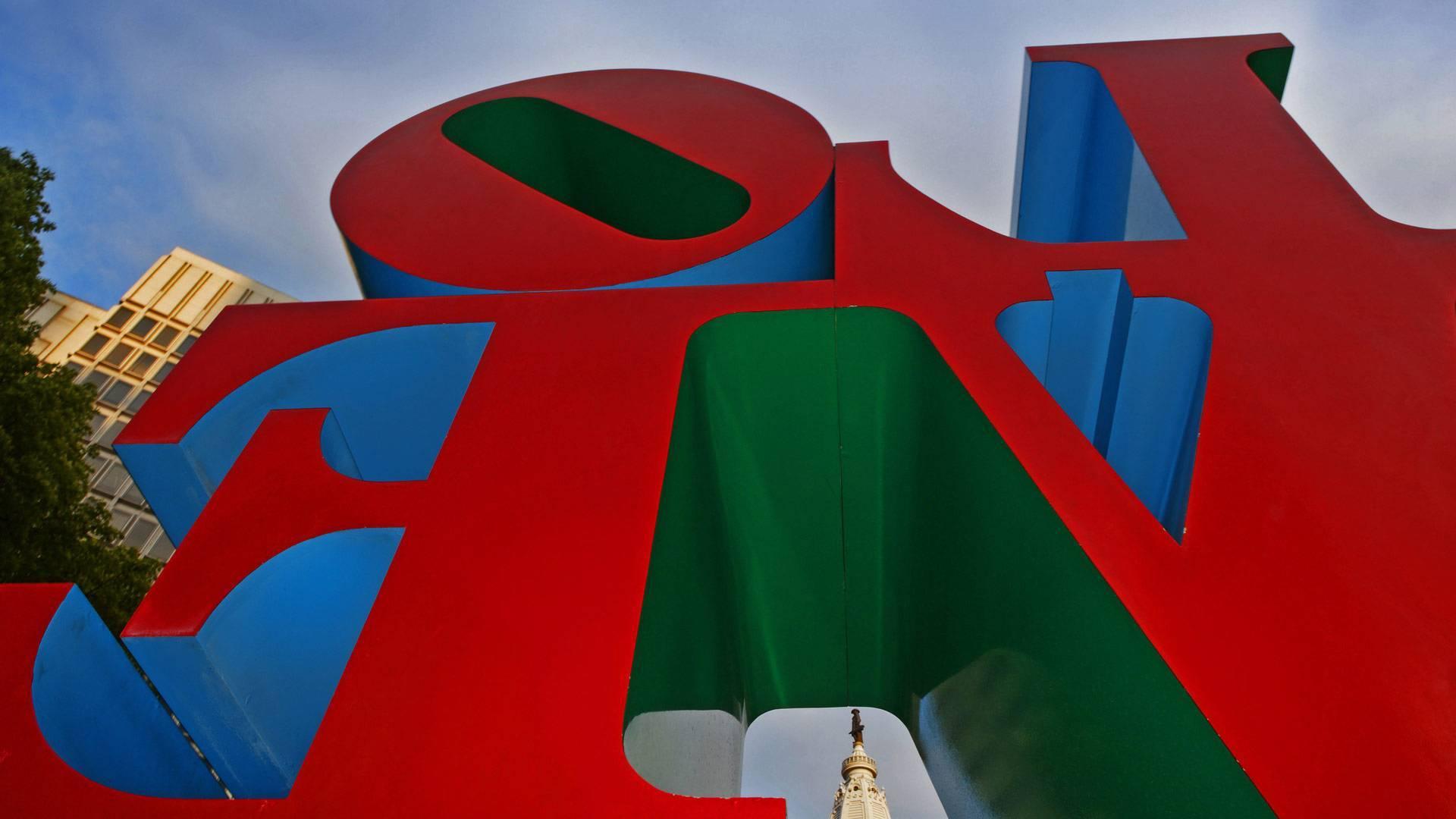 费城爱心公园内的罗伯特·印第安纳的雕塑Love
