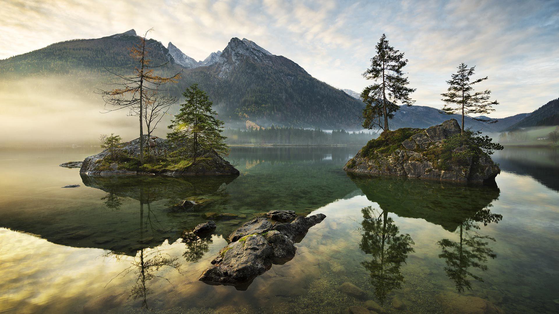 被阿尔卑斯山环抱的辛特湖辛特湖