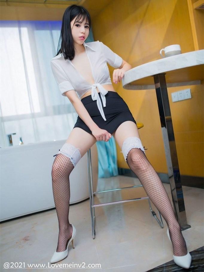 Ellie艾栗栗个人资料介绍-3CD