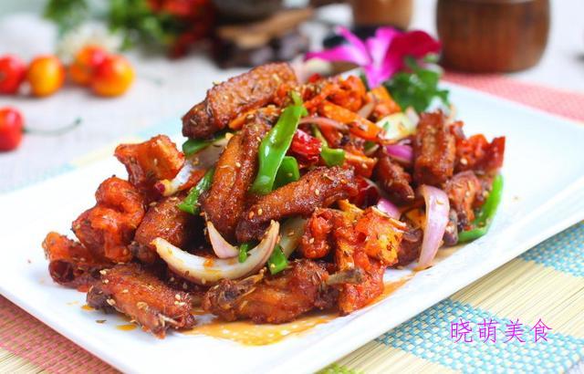 白切鸡、香菇炖鸡、辣子鸡、香辣鸡块的家常做法香辣美味