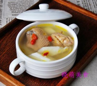 黄芪鸡汤、老鸭汤、黄豆猪蹄汤、山药鸡汤的做法,简单又营养
