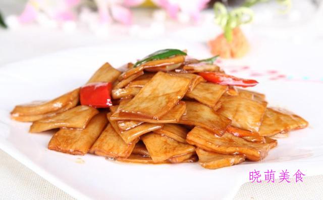 家常豆腐、素炒茭白、素炒杏鲍菇、香菇炒腐竹、清炒山药的做法