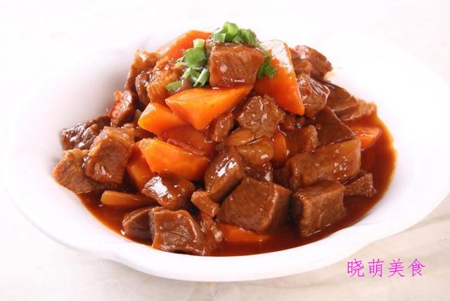 回锅肉、五花肉烧土豆、炖牛肉、辣椒炒肉、青椒炒牛肉的做法