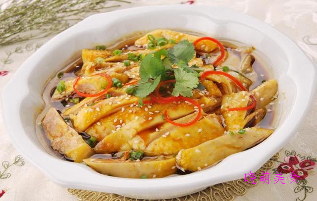 红烧肉、葱油鸡、大盘鸡、三杯鸡、酸汤肥牛的家常做法