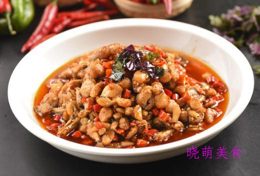 水煮牛蛙、红烧猪蹄、板栗焖鸡、香酥鸡的详细做法,好吃又下饭