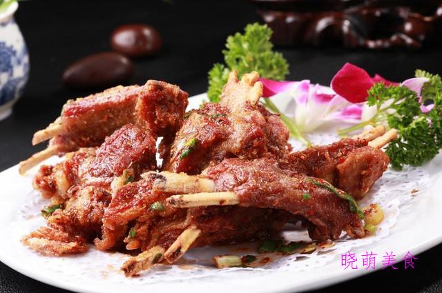 水煮牛肉、咕噜肉、手抓羊排、手撕鲅鱼的经典做法,香辣美味