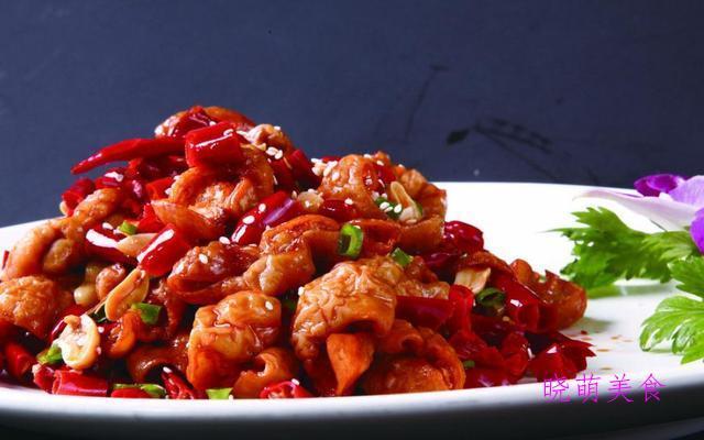 蒜苗炒肉、糖醋鱼块、干煸土豆丝、干煸牛肉、干煸肥肠的详细做法