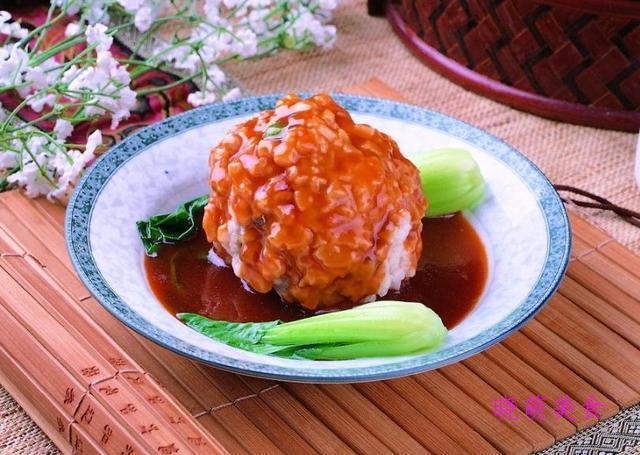 红烧狮子头、方肉、栗子鸡、拔丝山药的经典做法,鲜香美味