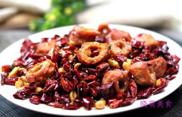 干煸肥肠、干锅土豆片、粉蒸排骨、梅菜扣肉的地道做法,软糯不油腻