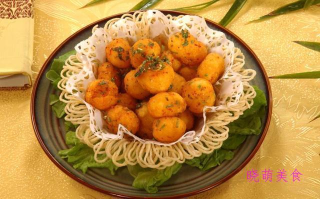 红烧豆腐、山药小炒、蚝油杏鲍菇、孜然土豆、小葱炒鸡蛋的做法