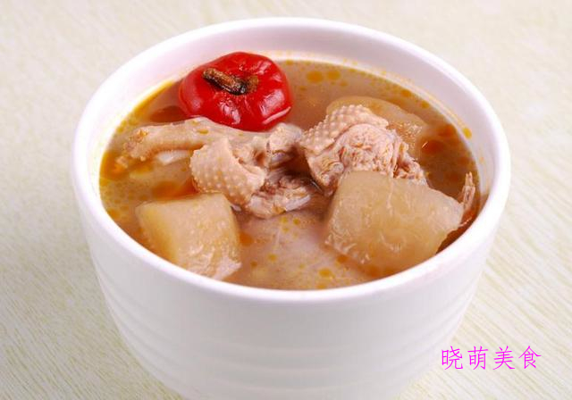 莲藕排骨汤、鱼头豆腐汤、丸子汤、山药排骨汤、土鸡汤、老鸭汤