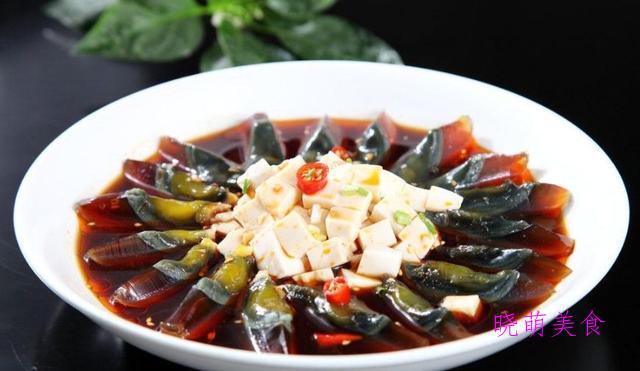 凉拌茄子、皮蛋拌豆腐、凉拌藕片、凉拌粉丝、凉拌烤麸的美味做法