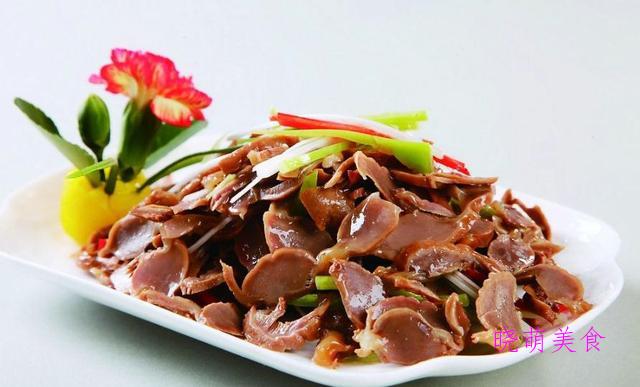 红烧小黄鱼、香辣鸡胗、卤猪蹄、香辣带鱼、香辣鸡翅的做法