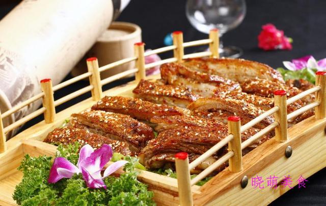 笋干焖鸡块、烤羊排、椒麻鸡、烧鸡的详细做法,鲜香美味