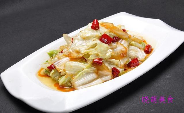 酸辣白菜、香干炒韭菜、素炒千张、香椿炒鸡蛋、炒苦瓜西芹炒百合
