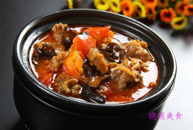 葱烧排骨、香煎鸡腿、番茄牛腩、鸡腿炖土豆的家常做法