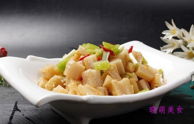 凉拌腐竹、凉拌香椿、凉拌皮蛋、凉拌土豆丝、手撕杏鲍菇的做法