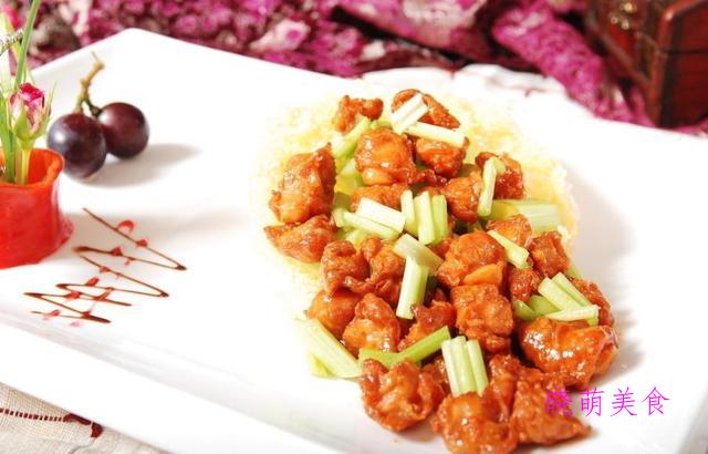 蒜香鸡腿、茄汁豆腐、干煸杏鲍菇、芋儿鸡、孜然羊肉的做法