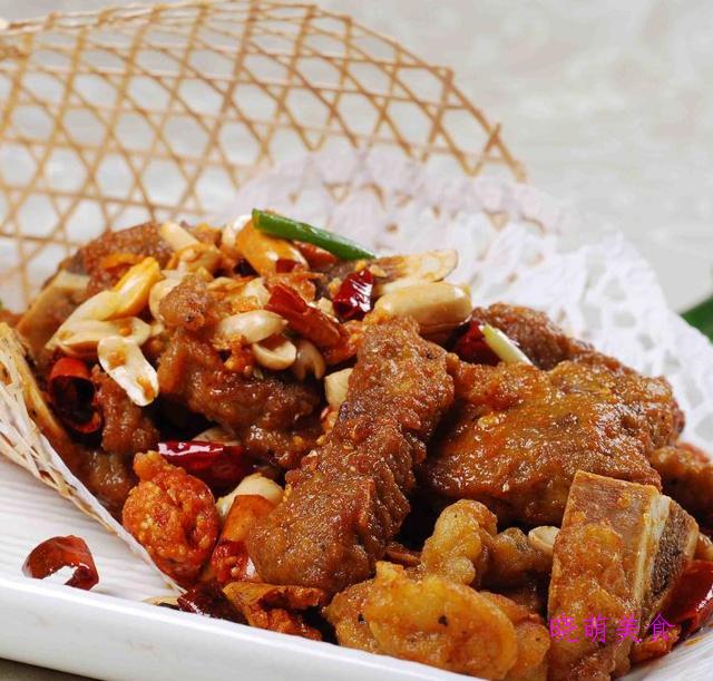 麻辣鸡块、麻辣鱼、麻辣牛肉干、麻辣排骨的简单做法,开胃又下饭