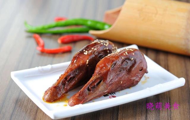 劳动节放假不想出门,推荐几道小吃中有名的卤味美食,麻辣鲜香