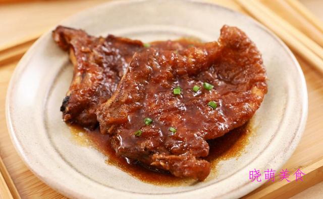 用猪排制作的各种各样的鲜香美食,健康营养,下酒下饭皆可