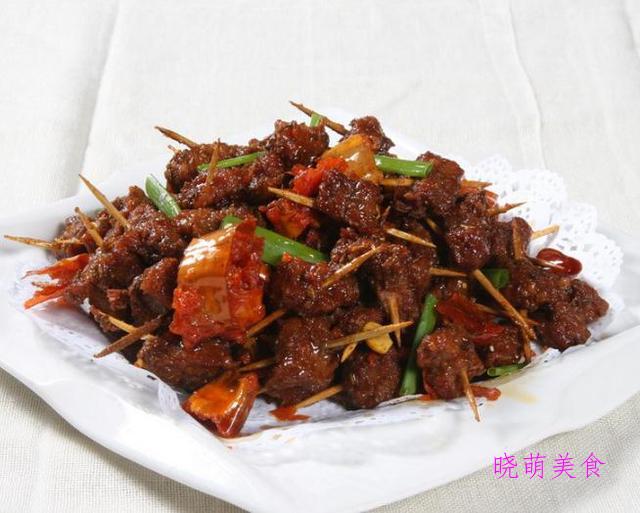 吃肉肉的朋友们快来看,这里有猪肉制作出的美食,好美味