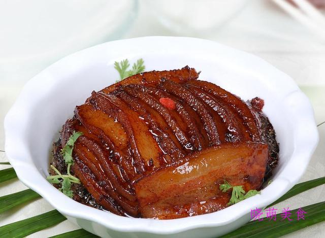 粉蒸排骨、清蒸鱼、鸡蛋羹、扣肉的家常做法,鲜香软糯