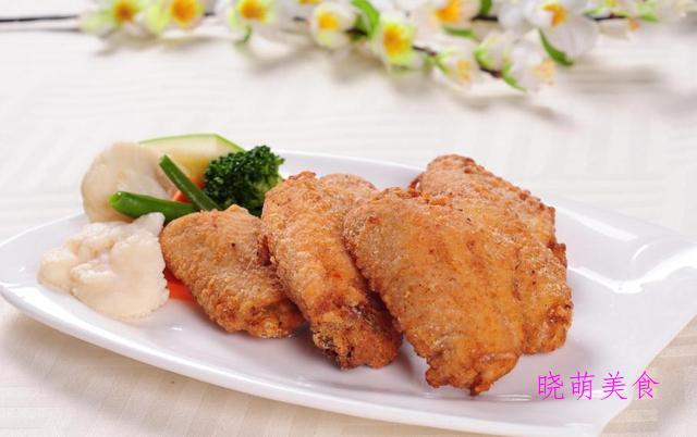 炸丸子、金缕虾、脆皮鸡翅、香酥鸡排、干煸鸡丁的家常做法