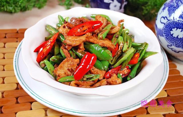 蒜苔炒肉、川味小炒肉、东北锅包肉、山东把子肉、香干炒肉的做法