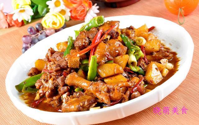 大盘鸡、红烧牛肉、红烧肉、油焖虾的经典做法,美味无法阻挡