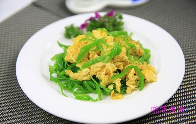 辣椒炒羊肉、香干炒芹菜、蒜苗炒牛肉、青椒炒鸡蛋的家常做法