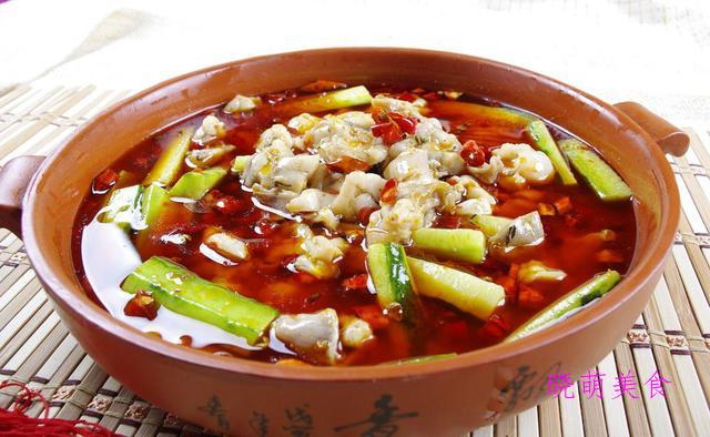 香葱爆羊肉、口味虾、红焖猪蹄、仔姜牛蛙的美味做法,香辣好吃