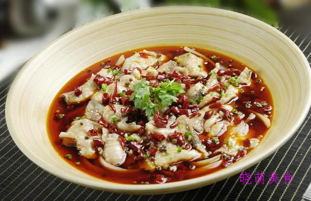 香辣鸭煲、香麻仔鸡、麻辣鱼片、香干小炒肉的美味做法,鲜香下饭