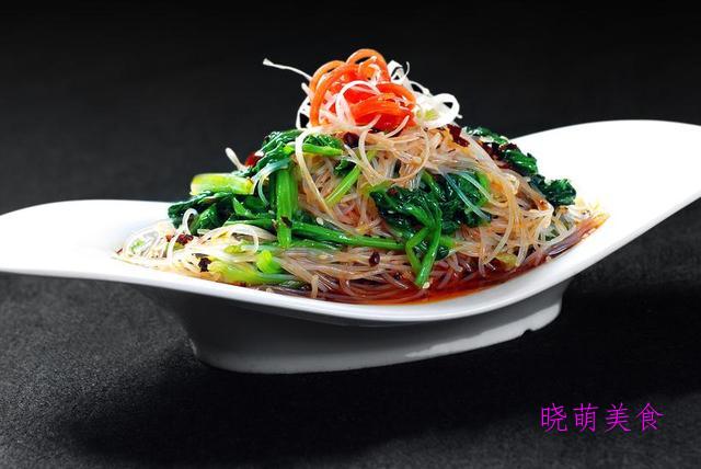 芹菜拌腐竹、凉拌拉皮、菠菜拌粉丝、凉拌秋葵的简单做法美味营养