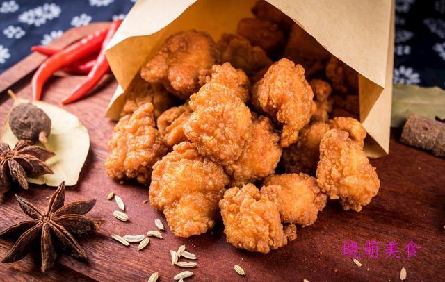 炸鸡块、雪花南瓜饼、五香黄花鱼、脆皮大排、香酥乳鸽的美味做法