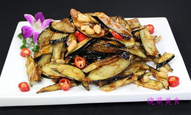 孜然鸡翅、风味茄子、孜然豆腐、糖醋丸子的美味做法,营养好吃