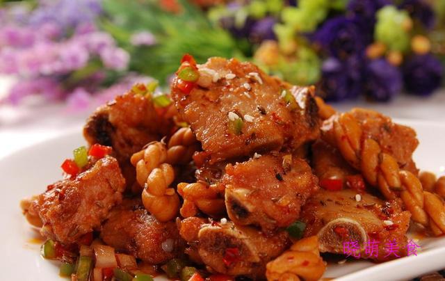 腐竹炒肉、蒜蓉粉丝、香辣排骨、香辣猪肚、葱爆猪肝的美味做法