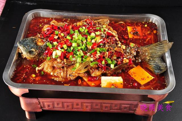 蜜汁烤翅、椒盐羊排、蒜蓉烤茄子、香辣烤鱼的家常做法,超美味