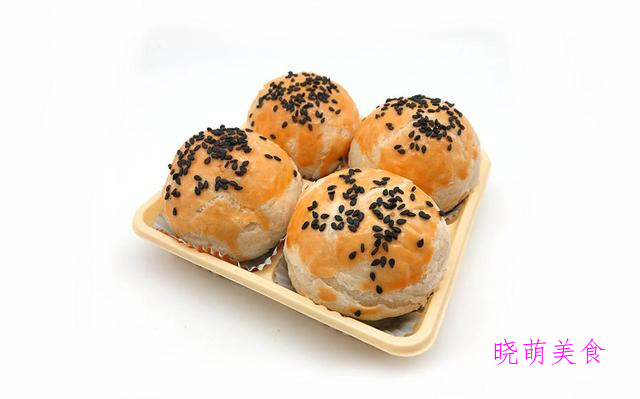 老式面包、红豆酥、豆沙酥、葱香小饼干的家常做法,香甜美味