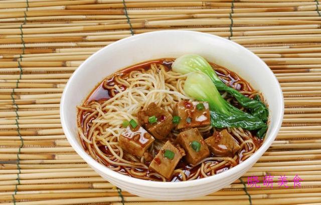 云吞面、鲅鱼水饺、牛肉面、酸奶鸡蛋饼、剪刀油泼面的美味做法