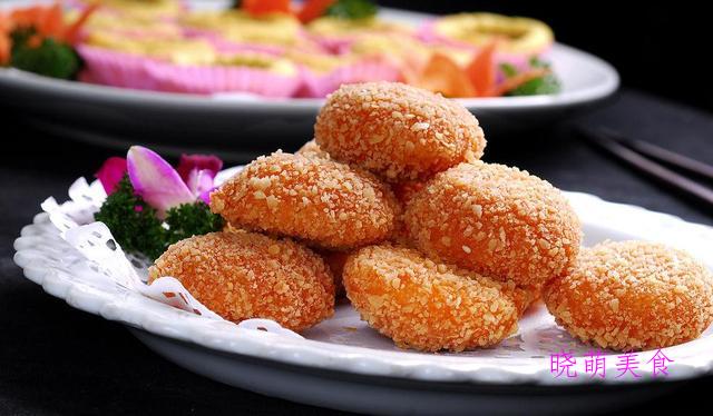 奶香南瓜饼、三色发糕、芝麻糕、五白糕、牛肉饼的美味做法