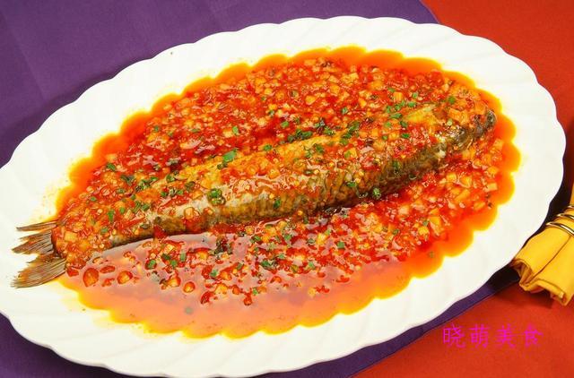 蜜汁烤排骨、线椒炒腊肉、香辣豆瓣鱼的家常做法,营养又美味